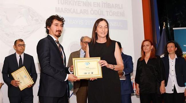 FOLKART'A İTİBAR ÖDÜLÜ