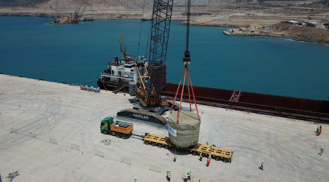 Akkuyu NGS'nin inşaatı devam eden 1 nolu ünitesinin ilk büyük boyutlu ekipmanı sahaya ulaştı