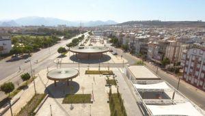 Antalya'nın en büyük meydanı Kepez'de açıldı