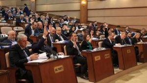 İBB Meclisi'nde 'imar planlarına cemevlerinin ibadethane olarak işlenmesi' oylaması: AK Parti ve MHP oylarıyla reddedildi