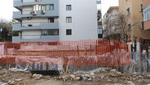 Temelden lahit çıktı, inşaat durduruldu, alan koruma altında