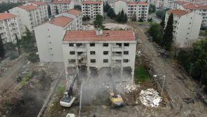 Zeytinburnu'nda Millet Bahçesi yapılacak alanda yıkım çalışmaları başladı