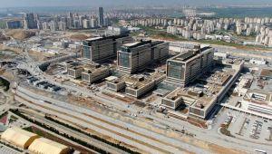 Açılışına saatler kalan Başakşehir Şehir Hastanesi havadan görüntülendi