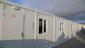Başkale'de depremzedeler için bin konteyner kuruldu