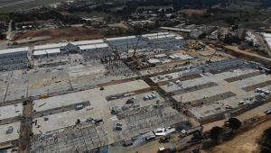 Sancaktepe'deki salgın hastanesinin yapım çalışmaları havadan görüntülendi
