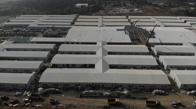 Sancaktepe'de yapımı devam eden pandemi hastanesinin inşaat çalışmalarında son durum