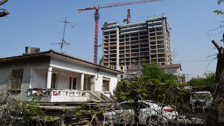 Kadıköy krizde: Konutlar elde kaldı!